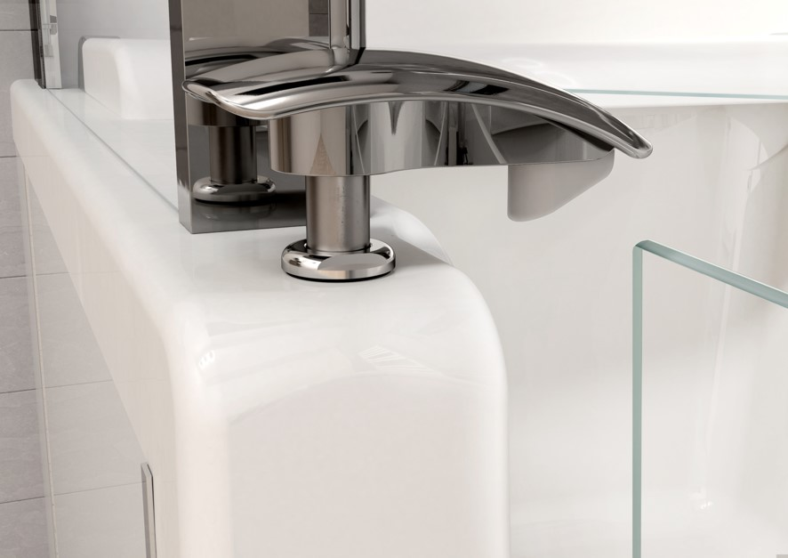 Kineduo bath door open