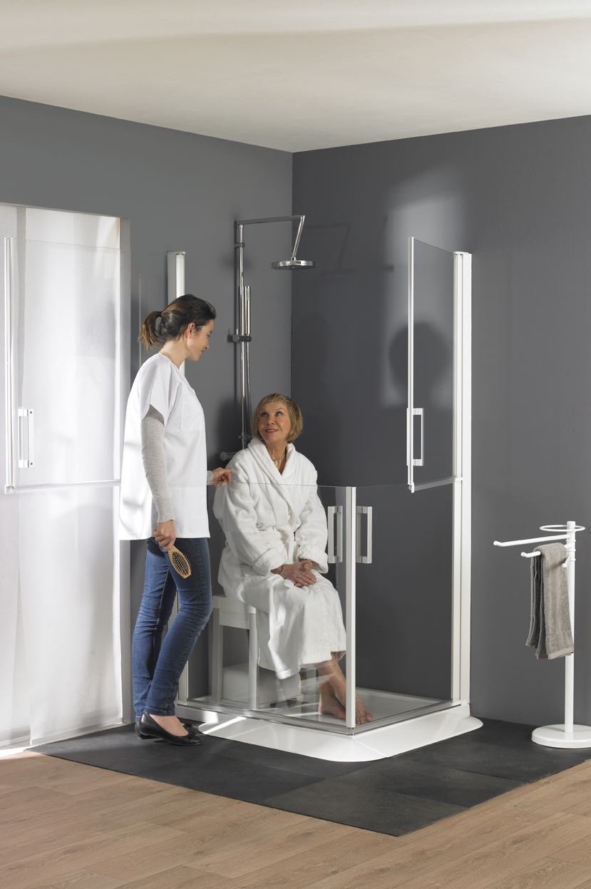 Sanidoor 1 PA741BTNESFA, 746,742,747 with person